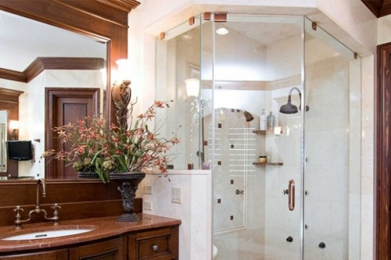 glass-covered-shower-room-wooden-bathroom-cabinet-luxury-bathrooms-design-675x392
